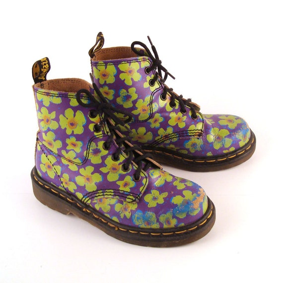 You searched for: floral doc martens! Etsy is the home to thousands of handmade, vintage, and one-of-a-kind products and gifts related to your search. No matter what you're looking for or where you are in the world, our global marketplace of sellers can help you find unique and affordable options. Let's get started!