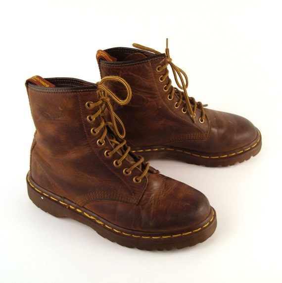 doc martens boots 1990 brown leather shoes distressed. Black Bedroom Furniture Sets. Home Design Ideas