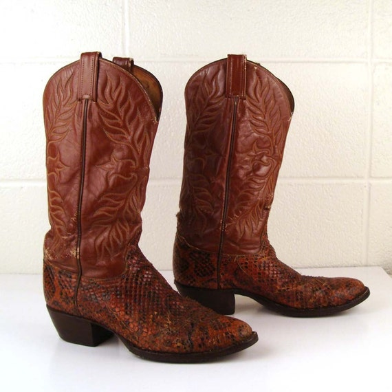 Vintage 1980s Men's Snakeskin carmel Brown Leather Tony Lama Cowboy Boots size 7 1/2