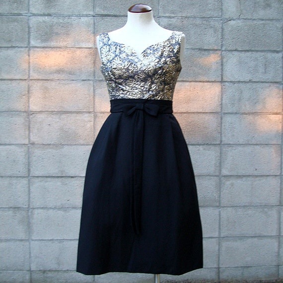 Vintage 1950s Cocktail Formal Dress Puffy Skirt Black