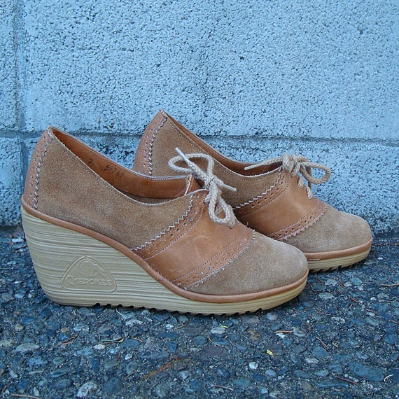 vintage 1970s wedges saddle shoes suede and leather