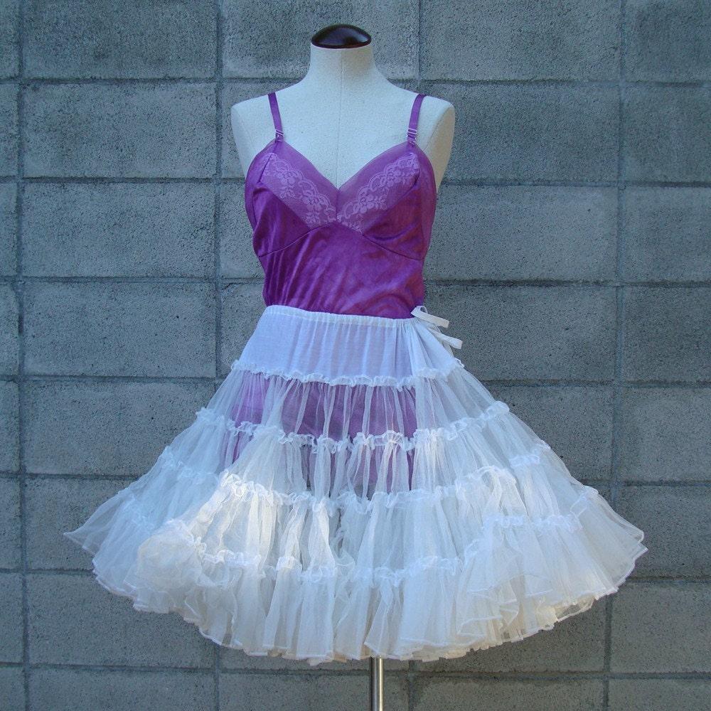 Vintage 1950s White Petticoat Crinoline