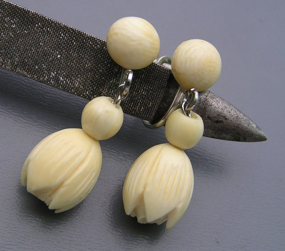 Vintage Pre Ban Ivory Jasmine Flower Silver Dangle Earrings