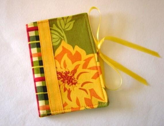 Tea Bag Book in Sandi Henderson Fabric
