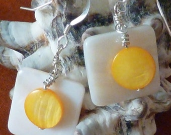 Earrings mother of pearl wte flat sq layered with dark yellow puffed coin pierced