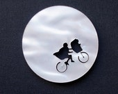 E.T. laser cut brooch // NACRE limited edition