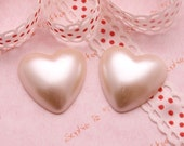 Heart Shaped Pearlized Cabochon in Cream White  - 5pcs 25mm