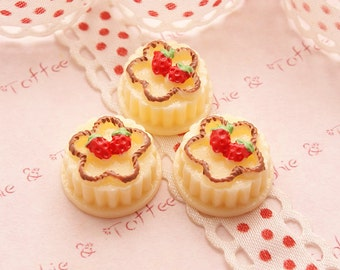 Decoden Sweets Strawberry Almond Jelly Cabochon Set of 5pcs