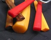 six vintage bakelite kitchen gadgets cherry red, butterscotch, rootbeer handles cake slicers