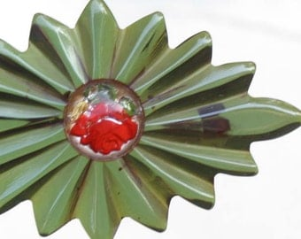 SALE -  Gorgeous emerald green bakelite brooch with red rose in lucite cabachon
