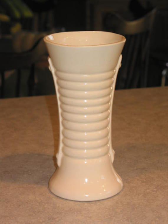 art deco ribbed white brush mccoy pottery vase strap handles. Black Bedroom Furniture Sets. Home Design Ideas