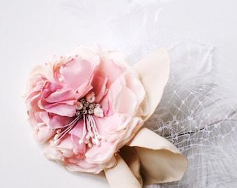 Blushing Rose Hair Clip Flower veil feather