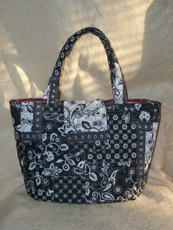 Items similar to Cosmetic Bag Lunch Bag Quilted Patchwork Black and White Pattern on Etsy