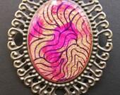 AMBROSIA Cameo Pin 30 x 40 mm Gold Magenta Purple