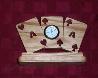 Wooden 3 aces miniature desk clock