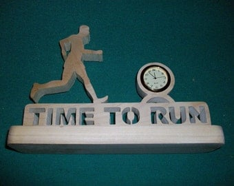 Time to run wooden mini desk clock