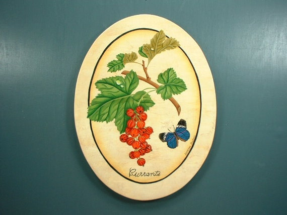 Butterfly and Berries Decorative Arts Wall Hanging 692
