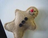 Kawaii gingerbread men - pin or magnet