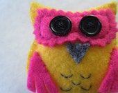 Fuchsia and bright yellow owl brooch/pin