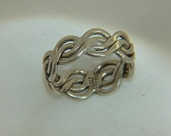 Vintage Beau Signed Sterling Silver Ring