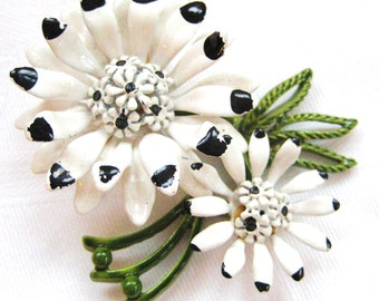 SALE- Vintage Chrysanthemum Pin from Barneche/ Stephanie Barnes