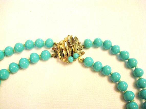 Elegant Vintage Faux Turquoise Necklace from Barneche/ Stephanie Barnes