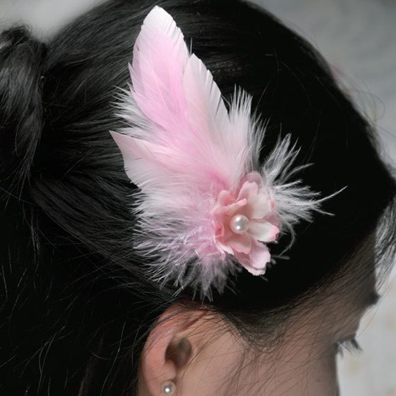 Small hair clip light pink hair clip hair clip for girls casual hair clip feather hair clip wedding flowergirl hairpiece pink flowergirl