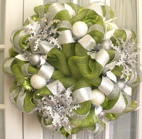 Deco Mesh CHRISTMAS Wreath Moss Green Silver White Door or Wall Wreath