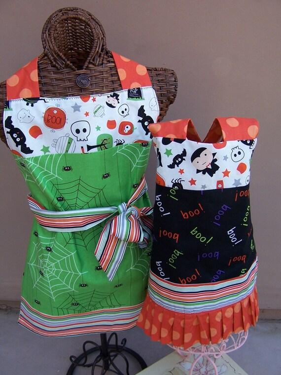 Reversible Halloween Mother/Daughter Matching Aprons