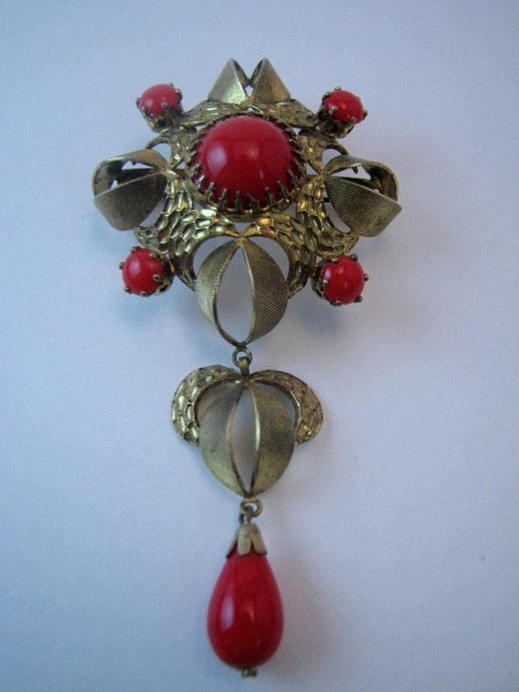 Red Majestic Tie Vintage Brooch