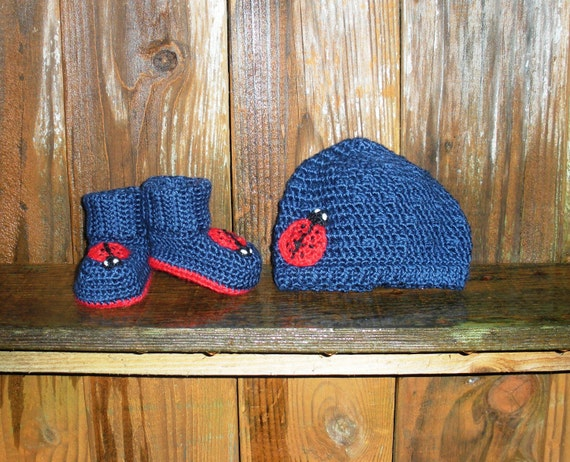 SALE Ladybug Crochet Hat and Booties set in navy blue, newborn infant girls, ready to ship.