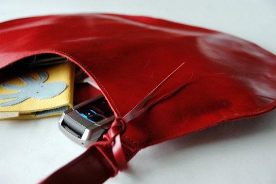 Leather Shoulder Bag - Light Merlot Red