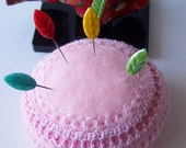 Pincushion cookie in pink for the happy crafter in you