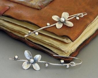 Silver Flower branch dangle Earrings with Pearl