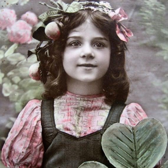 Antique christmas photo postcard, girl with mistletoe, 1910's