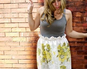Paper Bag Skirt|A line Skirt|White Skirt|Floral Skirt|Garden Skirt|High Waisted Skirt|Mini Skirt|Party Skirt|Vintage Skirt|Plus Size Skirt|