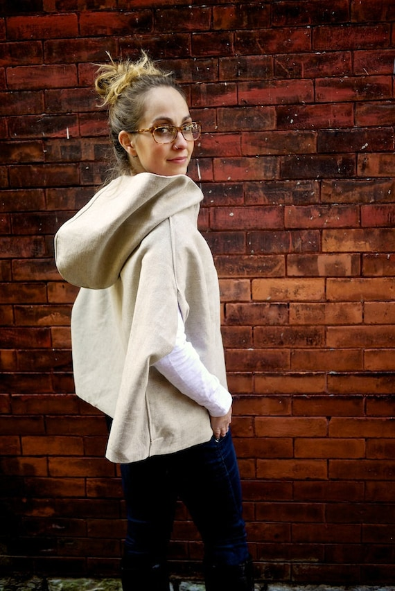 Vintage Tan Hooded Cape~Oversized Cape~Women's Outerwear~Cozy Sweater~Winter Clothing~Shawl~Poncho~Women's Cape Coat~Hooded Cloak~Eco Cape