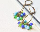 Earrings Oval hoop and glass beads blue and green - dangle earrings - chandelier earrings