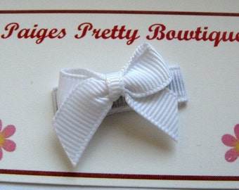 Itty Bitty White Bow- Snap Clip-Baby Hair Bow-Infant Hair Bow-Fine Hair Clip
