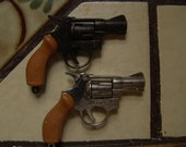 Set of TWO 1960s Vintage VICTORY Die Cast Snub Nose 38 Cap Guns 3 point 25 inch BOTH Black and Silver