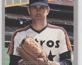 Vintage 1989 Fleer Baseball NOLAN RYAN Player Card