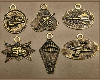 RARE 6 - 1950s Toy Machine Military Medals Set
