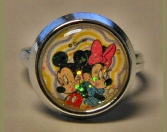 1970s MICKEY and MINNIE Mouse Disney Land Toy Ring