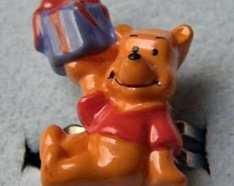 1970's Winnie the Pooh Gum Machine Ring WITH GIFT