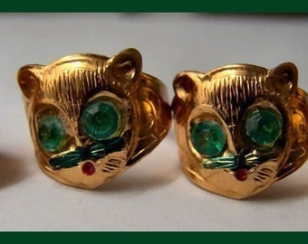 1960's Gold Tin Badger Green Gem Eyes Toy Ring