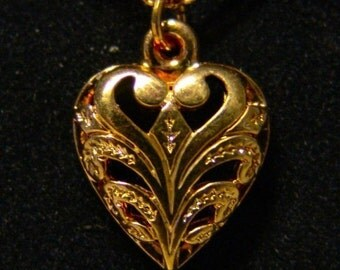1960-70's 14K Pendent HEART with sixteen inch chain