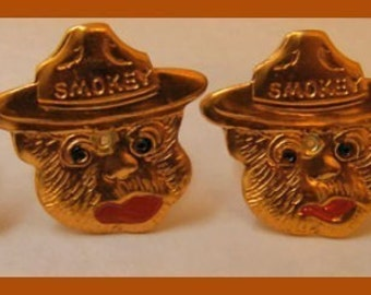 1960's Gold Tin Smokey the Bear Toy Ring MINT