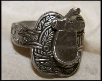 1940's Occupied Japan Toy Saddle Ring LOOK