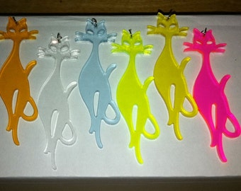 1970s Far Out Groovy CAT 3 Inch Plastic Pendant in CLEAR