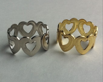 1960's Metal Cracker Jack Ring in LINKED HEART Design SILVER Tone